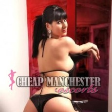 Jade Hot and Young Escorts in Manchester