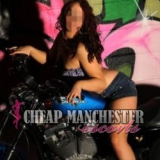 Julia Hot and Young Escorts in Manchester