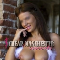 Kelly Hot and Young Escorts in Manchester