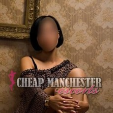 Leona Hot and Young Escorts in Manchester