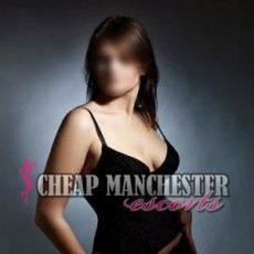 Robyn Hot and Young Escorts in Manchester